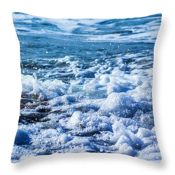 Wave 4 Throw Pillow