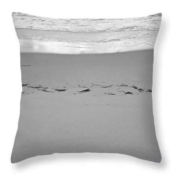 Wave Remarks Throw Pillow