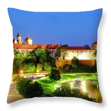 Throw Pillow featuring the photograph Wavel Castle by Fabrizio Troiani