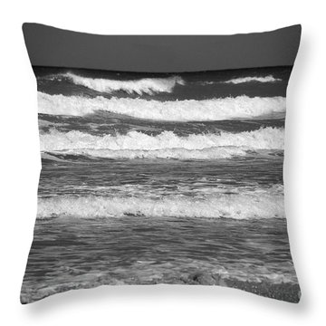 Waves 3 In Bw Throw Pillow by Susanne Van Hulst