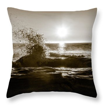 Throw Pillow featuring the photograph Waves Over Cavendish Sandstone by Chris Bordeleau