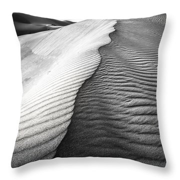 Throw Pillow featuring the photograph Wavetheory V by Ryan Weddle