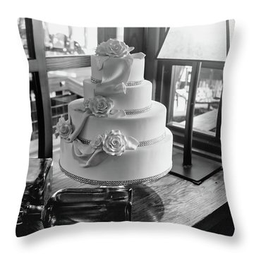 Wedding Cake Bw Series 0956 Throw Pillow