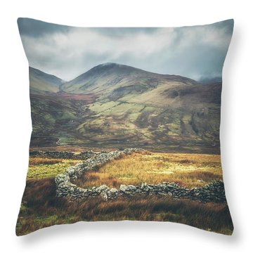 Snowdon Throw Pillows