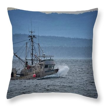 Throw Pillow featuring the photograph Western Sunrise by Randy Hall