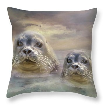 Wet And Wild Throw Pillow by Wallaroo Images