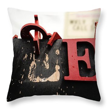 What Rhymes With E Throw Pillow
