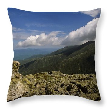 White Mountain National Forest - New Hampshire Usa Throw Pillow