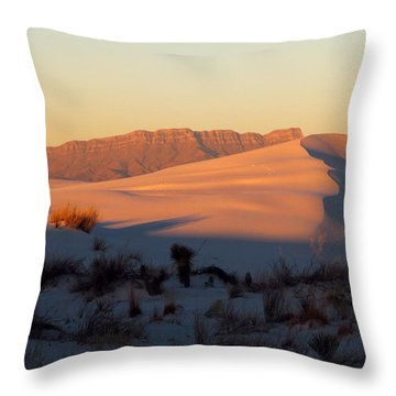 White Sands Dawn #32 Throw Pillow