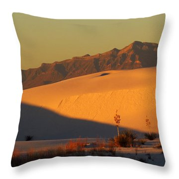 White Sands Dawn #37 Throw Pillow