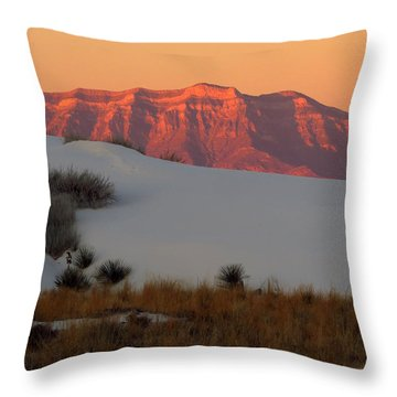 White Sands Dawn #4 Throw Pillow