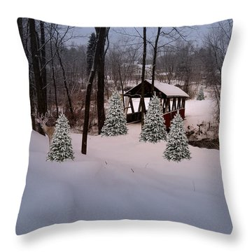 White Tailed Buck At Belmont N H Covered Bridge Throw Pillow
