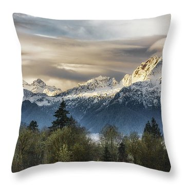 Whitehorse Sunrise, Flowing Clouds Throw Pillow