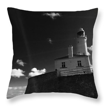 St.mary's Lighthouse - Whitley Bay Throw Pillow