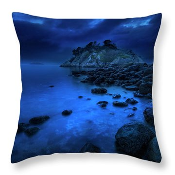 Throw Pillow featuring the photograph Whytecliff Dusk by John Poon