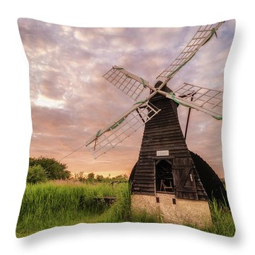 Wicken Wind-pump At Sunset II Throw Pillow