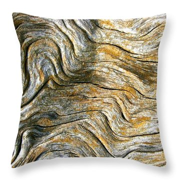 Wiggly  Wood Pattern Throw Pillow