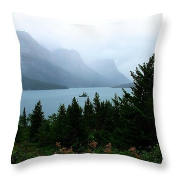Wild Goose Island In The Rain Throw Pillow