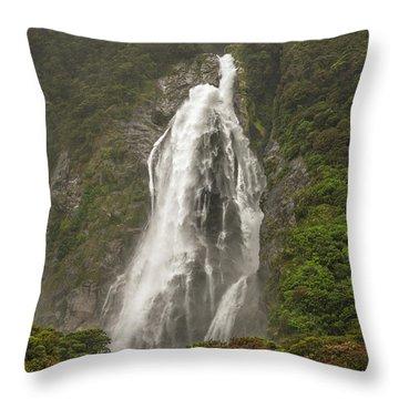 Wild New Zealand Throw Pillow