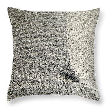 Wind Pattern Throw Pillow