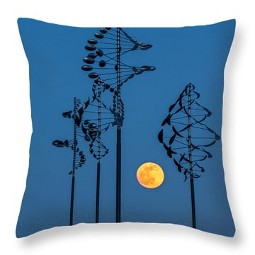 Wind Sculptures At Wilkeson Pointe Throw Pillow