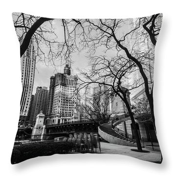 Windy Mornings In The Chi  Throw Pillow