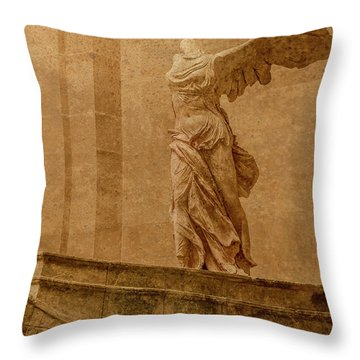 Paris, France - Louvre - Winged Victory Throw Pillow