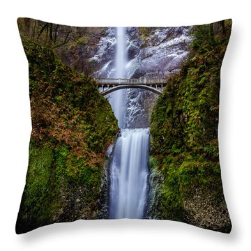 Winter At Multnomah Falls 2 Throw Pillow