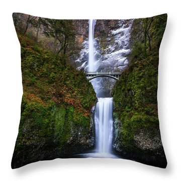 Winter At Multnomah Falls Throw Pillow