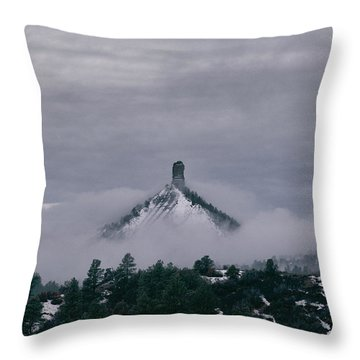 Winter Morning Fog Envelops Chimney Rock Throw Pillow