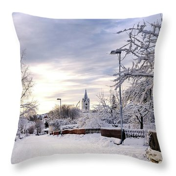 Winter Wonderland Redux Throw Pillow