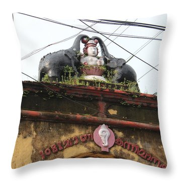 Wires And Lakshmi At Devi Temple, Kochi Throw Pillow