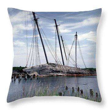 Wiscasset Schooners Throw Pillow