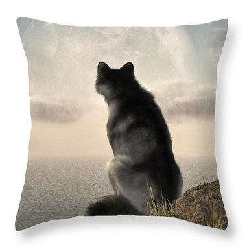 Wolf Watching The Moonrise Throw Pillow