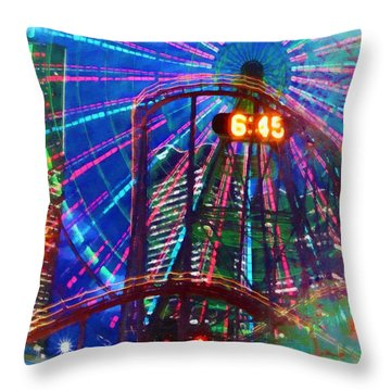Wonder Wheel At The Coney Island Amusement Park Throw Pillow by Lanjee Chee