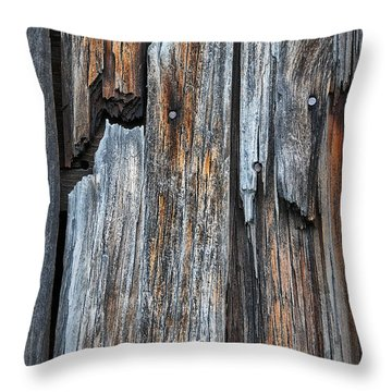 Wood Deatail Throw Pillow