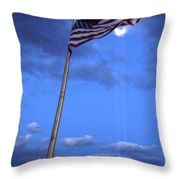 World Trade Center Memoria Throw Pillow