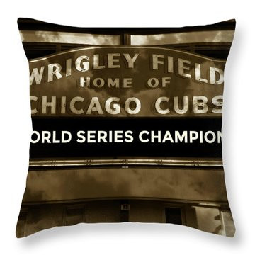 Wrigley Field Sign - Vintage Throw Pillow