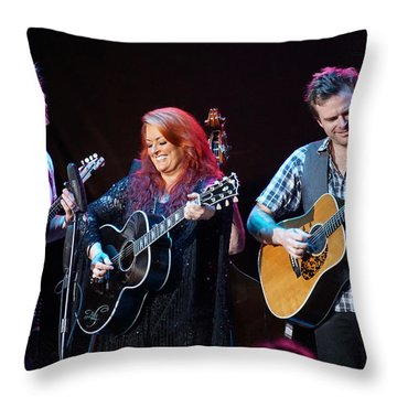 Wynonna Judd In Concert With Hubby Cactus Moser And Band Guitarist Throw Pillow