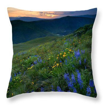 Yakima River Canyon Sunset Throw Pillow by Mike  Dawson