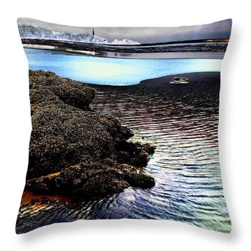 Yaquina Dream Throw Pillow