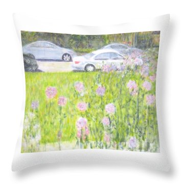 Yard Flowers  In Chicago Throw Pillow