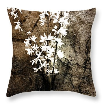 Throw Pillow featuring the photograph Yellow Bells by Gray  Artus
