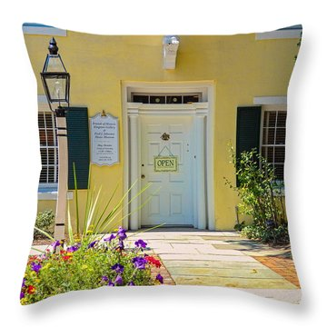 Yellow House In Kingston Throw Pillow
