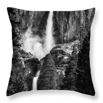 Yosemite Falls Bw Throw Pillow