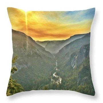 Yosemite Tunnel View Throw Pillow