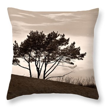 Throw Pillow featuring the photograph Yyteri Evening by Jouko Lehto