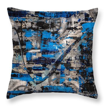 Zinger Throw Pillow