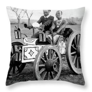 Zulu Motor Cab 1903 Throw Pillow