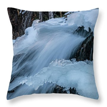 Big Hills Springs Under Snow And Ice, Big Hill Springs Provincia Throw Pillow